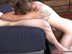 Robb gets one more go at Ashton�s dick before Ashton pulls it out of Robb�s mouth and sticks it in his ass instead!  Ashton fucks Robb hard, pushing that bareback cock balls deep into Robb�s hole and then pounding him as Robb moans on the bed.  Ashton tak