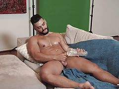 My goal has always been to feature the hottest guys in town. Fortunately, there are hot guys all over the world and I thought it would be nice to shoot some scenes in the US. So, I recently talked to my friend Trenton Ducati about shooting some auditions